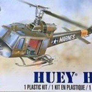 1/48 Revell UH-1C Huey Hog