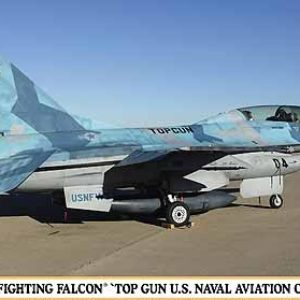 F-16B Plust Fighting Falcon Top Gun US Naval Aviation Central